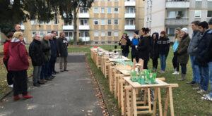 Präsentation der Ideen im Dürerpark mit Anwohnern, Vertretern der Stadt, Stadtrat und den Beteiligten Studentinnen und Studenten. (Foto: Max Messemer)