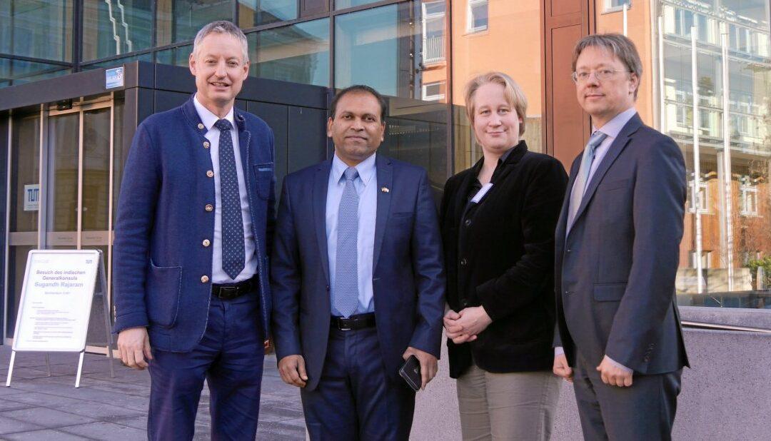 Indischer Generalkonsul zu Gast in Straubing